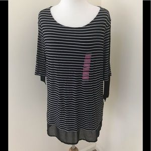 NWT! Company Ellen Tracy XXL, black striped top